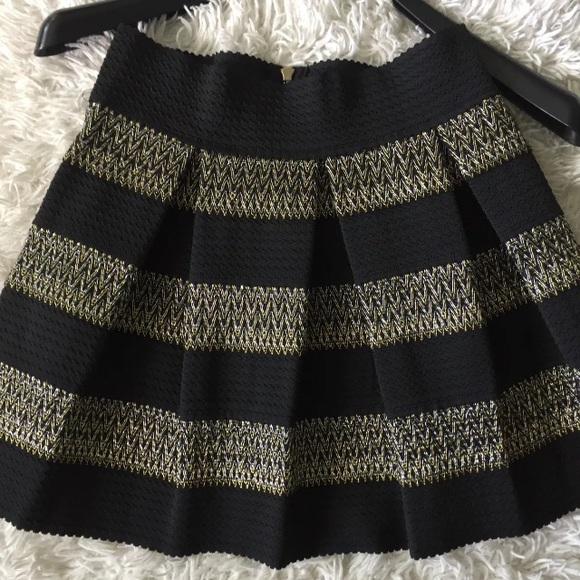 88eb4faa7 Ginger G Dresses & Skirts - Ginger G Black Metallic Ponte Skirt